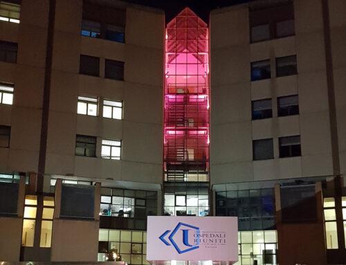 Ospedali Riuniti di Ancona ad Ottobre: un Ospedale con il nastro rosa